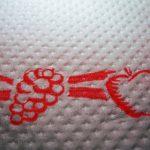 Kuchenne ręczniki – papierowe czy materiałowe? Porównanie wad i zalet obu rozwiązań